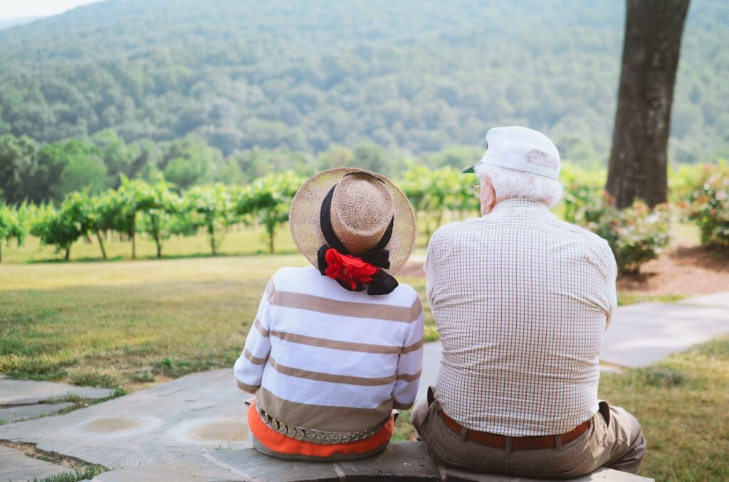 Top 5 Reasons to Move into a Care Home